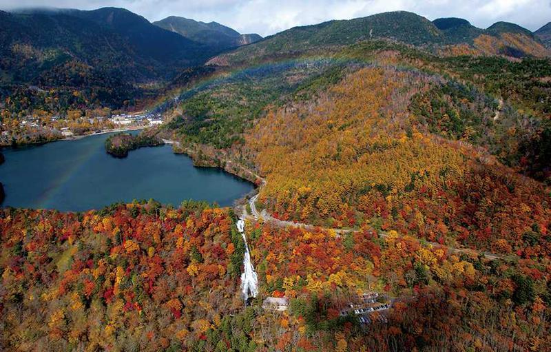 日光周遊コースはもちろん紅葉シーズンがオススメ。