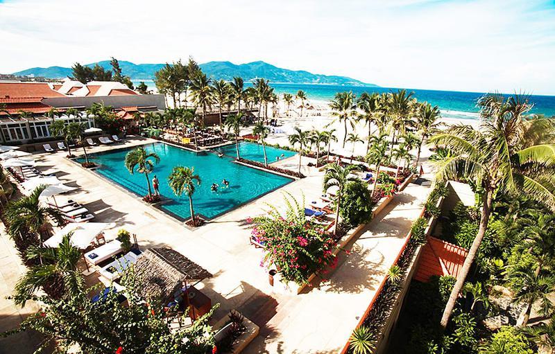 美しいプライベートビーチを持つ「フラマリゾート・ダナン」はベトナムで最初に五つ星を獲得したホテル。