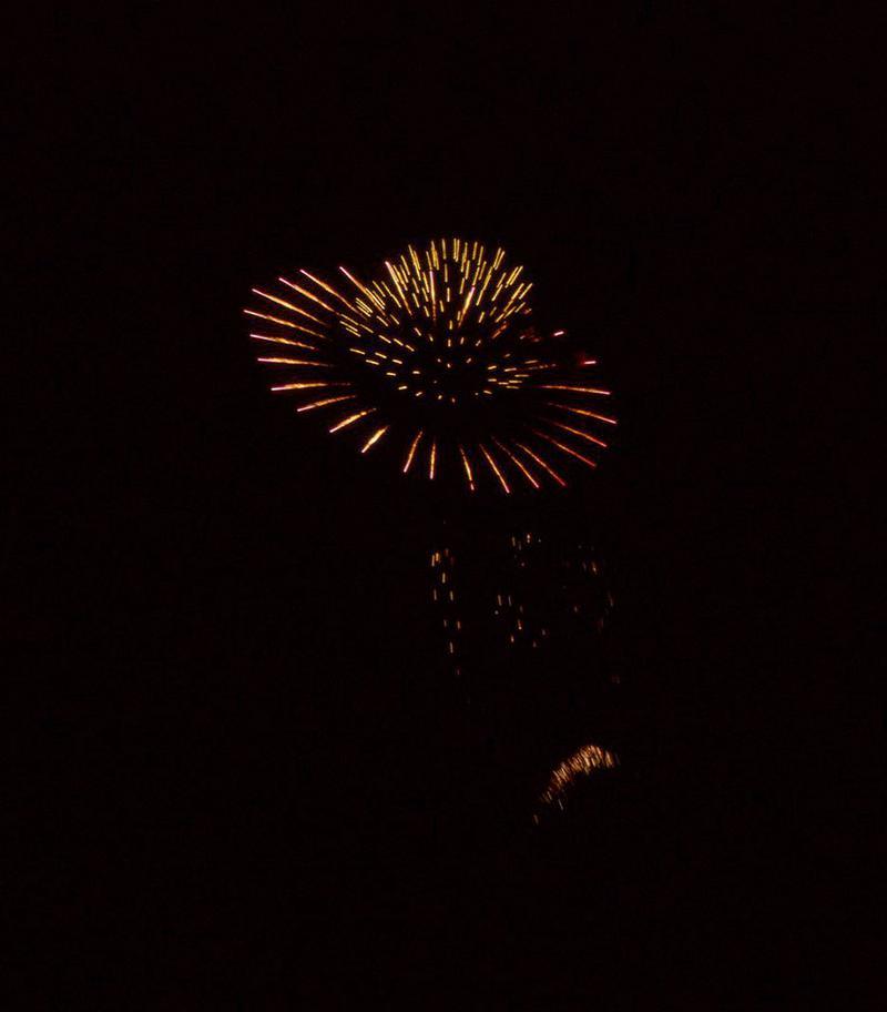 カタモノ名人、今野さんの技術の高さがよくわかる、カタモノ花火「土星」。