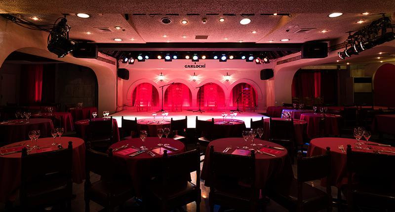 毎夜、本格フラメンコが開演される「ガルロチ」の舞台。