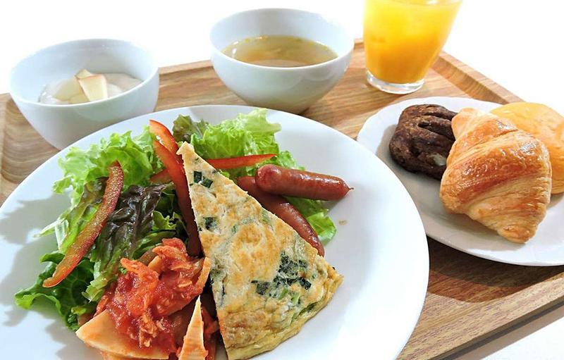 グランデ大阪朝食