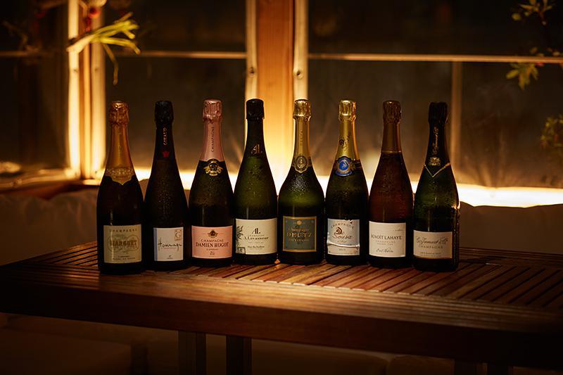 シャンパンは常時30種類以上を用意