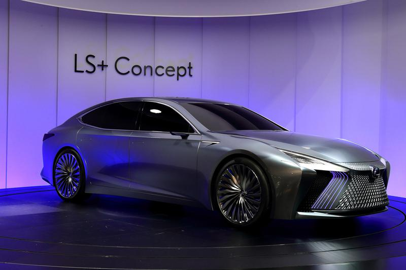 レクサスがワールドプレミアしたコンセプトカー「LS+コンセプト」。2020年には自動車専用道路での自動運転が可能になることを想定している