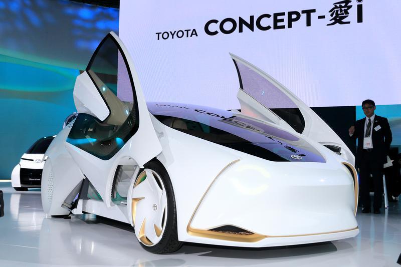 人工知能(AI)技術を搭載したトヨタのコンセプトカー「Concept-愛i」。AIを応用することで、状況に応じた対応やドライバーとの会話が可能