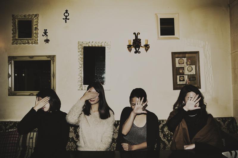 オトナ美人4人が集合して禁断の恋愛トーク