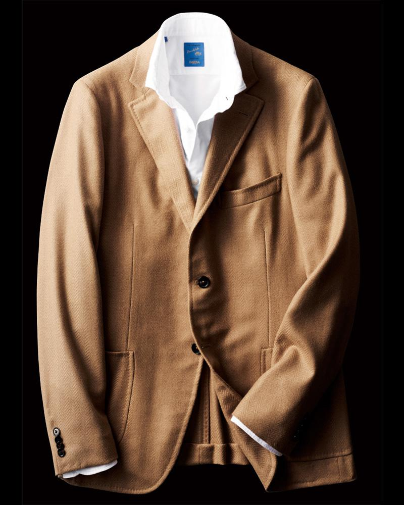 ジャケット26万5000円/イザイア(イザイア ナポリ 東京ミッドタウン)、シャツ2万8000円/バルバ(ストラスブルゴ)