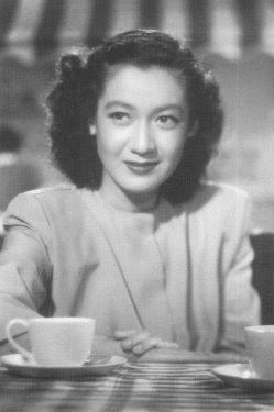 原節子さん(1920年~2015年)。「永遠の処女」と呼ばれ、日本映画の黄金時代を築いた女優