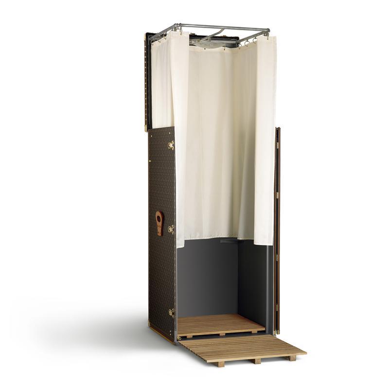 シャワー・トランク モノグラム・キャンバス69×69×145 個人蔵