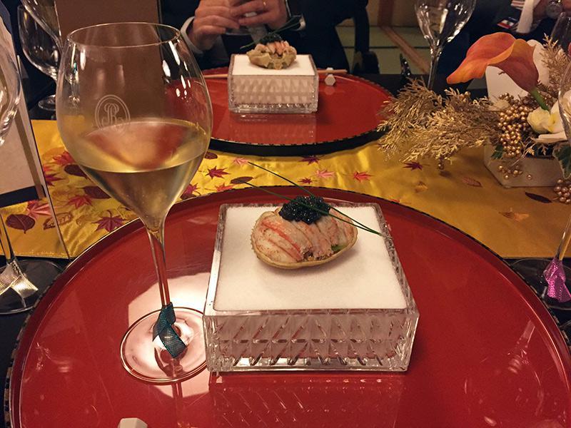 クリスタル ブリュット2009 香箱蟹とキャビアにシャンパン