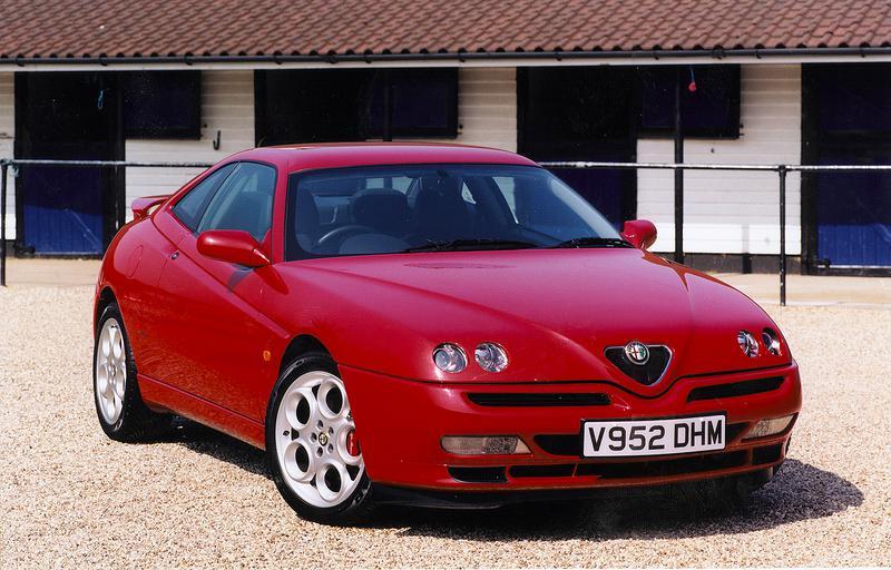 デシルヴァがアルファロメオ時代に手がけた代表作の1台である「GTV」
