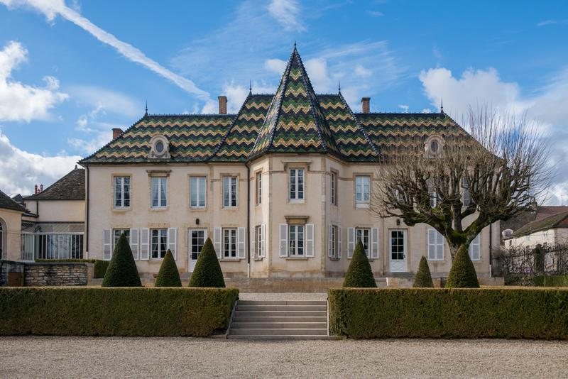 ボーヌに拠点を置くブシャール ペール・エ・フィスの迎賓館として使われているシャトー・ド・ボーヌ。威風堂々たる雰囲気で、今回のディナー会場に選ばれました。