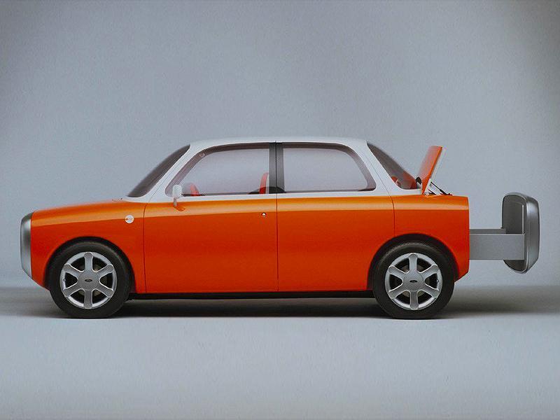 子どものお絵描きを形にしたようなデザインが目を引くフォード「021C」。1999年の東京モーターショーでお披露目された
