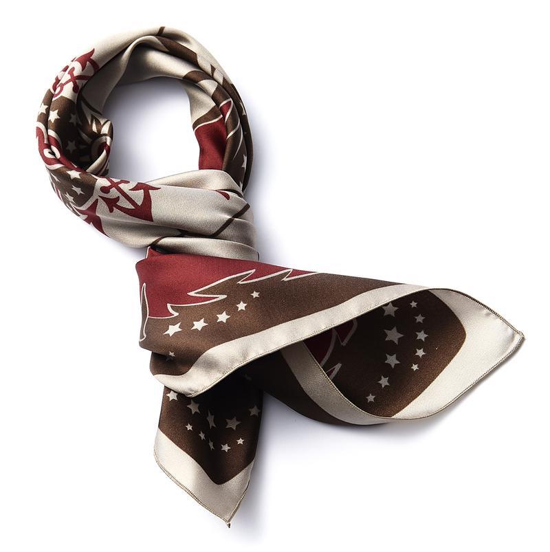 スカーフ1万3000円/キンロック(メイデンショップ)