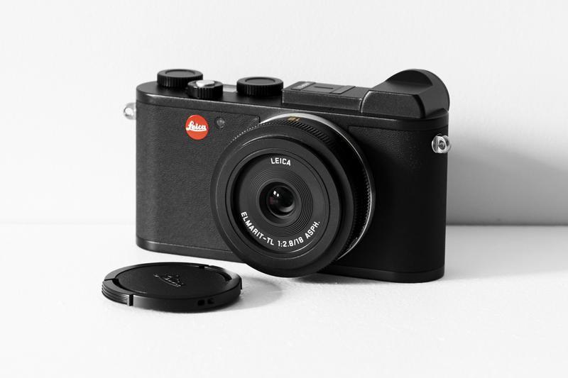 カメラ34万円、レンズ14万5000円/ともにライカ(ライカカメラジャパン)