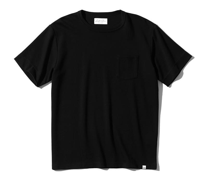Tシャツ1万6800円/ルクシー(ジェムプロジェクター)