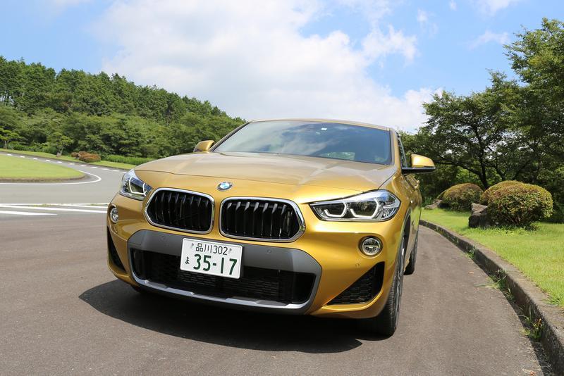 BMW X2 最大トルクは1350rpmから発生するので力強い
